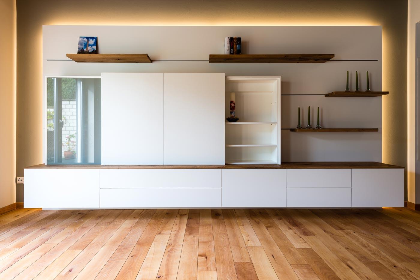 wohnwand mit beleuchtung rotte die tischlerei. Black Bedroom Furniture Sets. Home Design Ideas